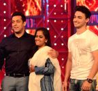 Mumbai: Arpita and Aayush Sharma visiting on the sets of Bigg Boss - 8