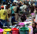 New Delhi: Holi shopping