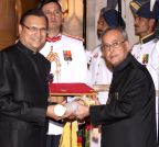 New Delhi: Rajat Sharma gets Padma Bhushan Award