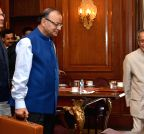 New Delhi: President Pranab Mukherjee meets Finance Minister Arun Jaitley