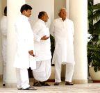 New Delhi:  Mulayam-Lalu meet in Delhi