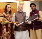 New Delhi: Martina Hingis, Leander Paes call on Modi