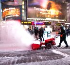 US-NEW YORK-WEATHER-BLIZZARD
