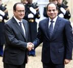 Paris (France): Francois Hollande shakes hands with Abdel-Fattah el-Sissi at the Elysee Palace