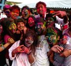 PHILIPPINES-PASAY CITY-HOLI FESTIVAL
