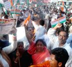 Patna: Congress workers protest on one year of NDA government