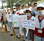 Patna: Students participate in Clean India Campaign