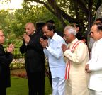 Pranab Mukherjee hosting a reception at Rashtrapati Nilayam