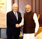 Singapore: Modi meets President of Israel
