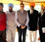 Srinagar: SGPC delegation meets J&K CM