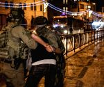 Free Photo: More than 200 injured in violent clashes in Jerusalem