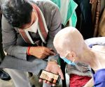 105-year-old Tripura woman vaccinated, CM greets