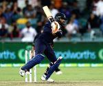 1st T20I: Rahul, Jadeja help India set 162-run target for Australia