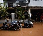2 killed, 20 injured in Jakarta floods (Ld)