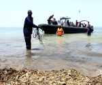 Bodies of migrants recovered after boat capsize in Yemen