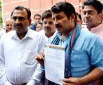 BJP delegation meets election commissioner