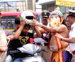 Bangalore Traffic Police's 'Road Safety Awareness Programme