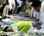 Muslims offer Eid namaz at Feroz Shah Kotla