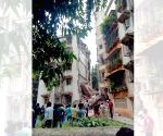 Portion of five-storey building collapses in Khar