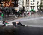 Massive turnout for pro-Palestinian protest in Paris despite ban