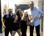 Ravi Shastri trolled over pic with two women