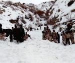 Avalanche in HP kills one soldier, five missing