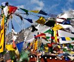 Himachal to airlift 175 tourists stranded in Lahaul-Spiti
