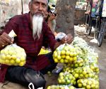 As temperatures soar, lemon prices go up