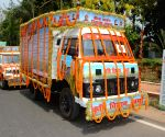 Nitish Kumar flags off the Kharif Mahabhiyan Rath 2018