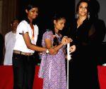 Vidya distributes Smartcane