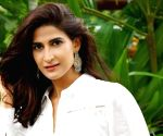 Aahana Kumra annoyed after airline cancels flight without informing her