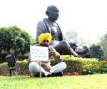 AAP MP Bhagwant Mann protest at Parliament House