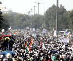 AAP supporters at Kejriwal's swearing in ceremony