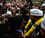 Arvind Kejriwal addresses a Jan Sabha near Kalibari