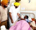Bhagwant Mann meets Gurdaspur factory blast victims