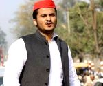 Forgery case: Allahabad HC rejects bail pleas of Azam Khan, son