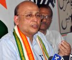 Cong links suicides to joblessness, flays govt