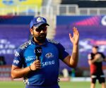 Rohit's 80 takes MI to 195/5 against KKR