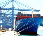 UAE-ABU DHABI-CHINESE CONTAINER SHIP-ARRIVAL