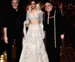 Free Photo: Deepika Padukone turns ramp into dancefloor