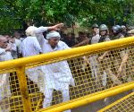 Jat community clash with police during a demonstration on Jat Reservation