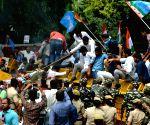 Congress protests against Shivakumar's arrest