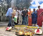 Activists to perform 'pothole pooja' in B'luru to embarrass govt