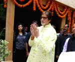 Amitabh Bachchan celebrates his 73nd birthday