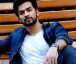 Actor Ansh Gupta uses past experience in pharmacy to help people