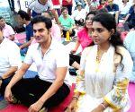 Malaika,  Arbaaz  practice Yoga Asans