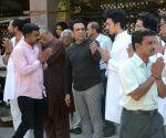 Govinda attends nephew Janwendra Ahuja's funeral