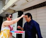 Govinda celebrates Holi with his family