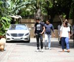 Hrithik Roshan seen at Juhu