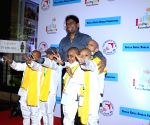 Johnny Lever with cancer patient childrens